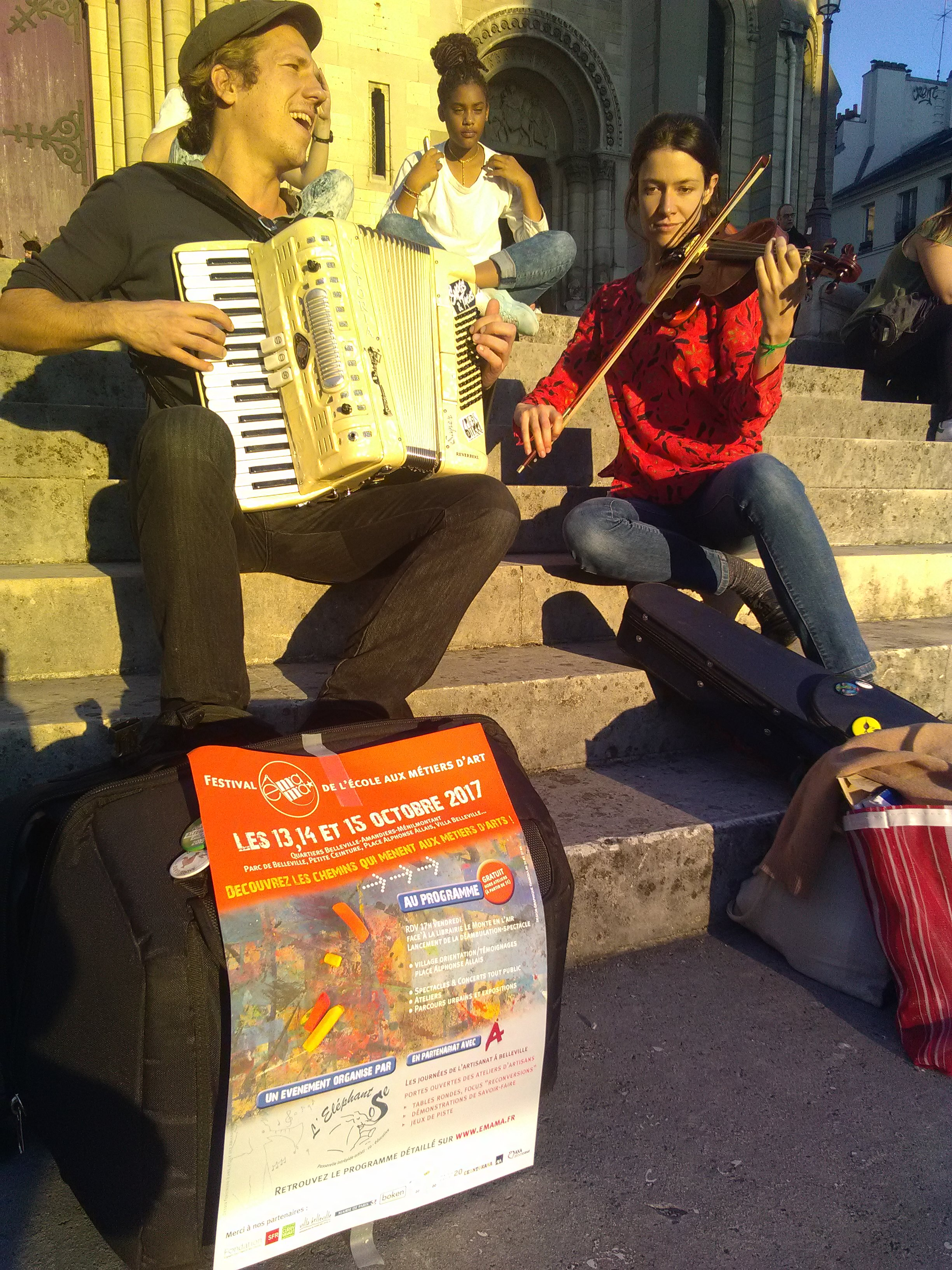 Accordeon-violon-afficheEmama